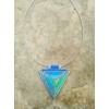 Kép 3/8 - Kétoldalas háromszög nyakék