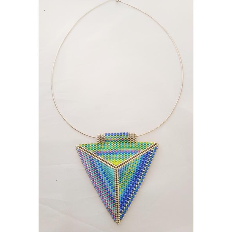 Kilim kétoldalas háromszög ezüst nyakék